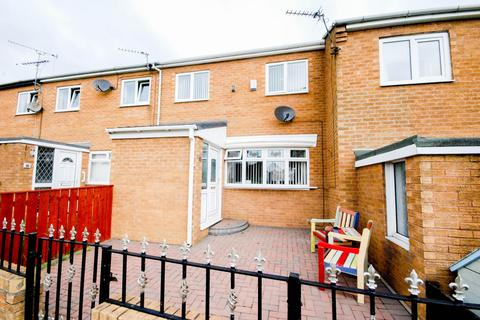 3 bedroom terraced house for sale - Morecambe Parade, Hebburn