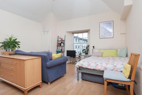 Studio to rent - Smiths Place, Edinburgh EH6