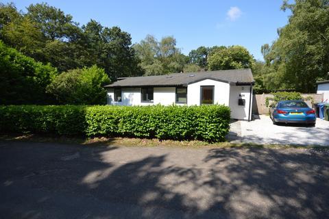 3 bedroom bungalow to rent - Bowdon, Altrincham