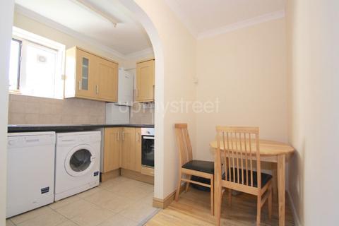 3 bedroom flat to rent - Hawkshead, Stanhope Street, NW1