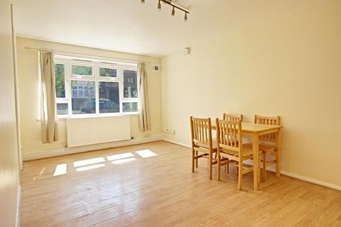 2 bedroom flat to rent - Chilvins Court, Nether Street, Finchley, London, N3 1PQ