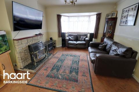 3 bedroom semi-detached house for sale - Spearpoint Gardens, Newbury Park