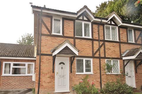3 bedroom semi-detached house to rent - Ravenfield, Englefield Green, Egham, Surrey, TW20