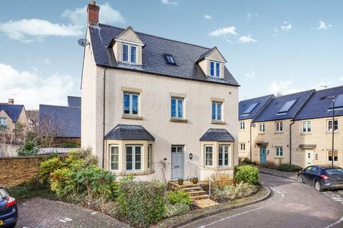 4 bedroom detached house for sale - Cirencester