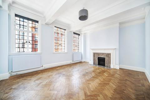 4 bedroom flat to rent - Chiltern Court, Baker Street, London, NW1