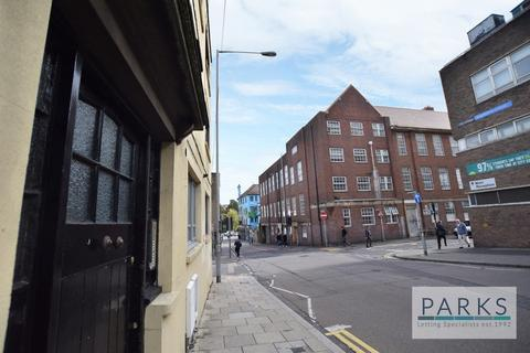 2 bedroom flat to rent - Cheapside, Brighton, BN1