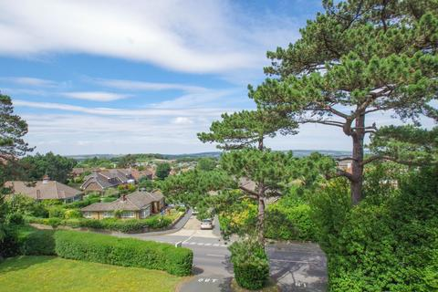 2 bedroom flat for sale - Victoria Avenue, Shanklin
