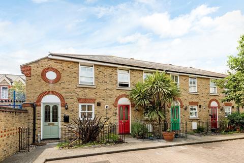 2 bedroom terraced house to rent - Twycross Mews, Greenwich, London