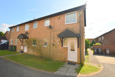 3 bedroom semi-detached house for sale - Rudyard Close, Challney, Luton, Bedfordshire, LU4 9XD