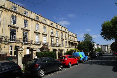 1 bedroom apartment to rent - Clifton
