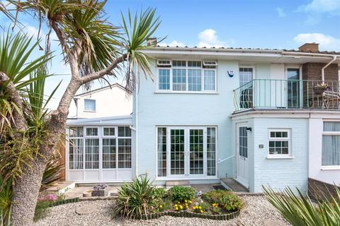 3 bedroom end of terrace house for sale - Green Lane, Seaford