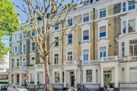 3 bedroom apartment to rent - Linden Gardens, London, W2