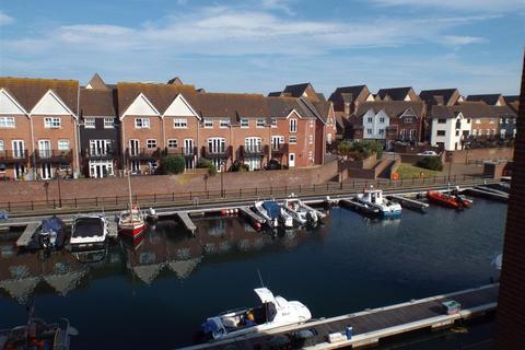 2 bedroom flat to rent - Daytona Quay, Eastbourne