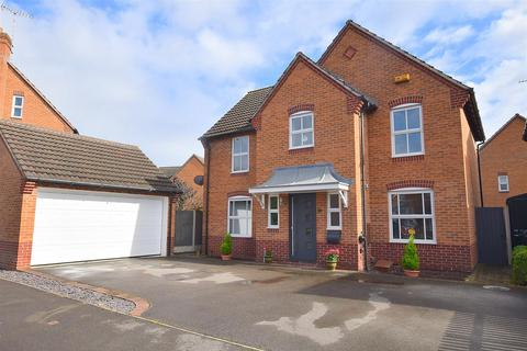 4 bedroom detached house for sale - Ryton Way, Hilton, Derby