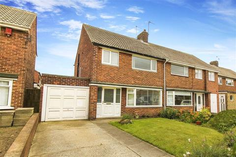 3 bedroom semi-detached house for sale - Thorntree Close, Whitley Bay, Tyne And Wear