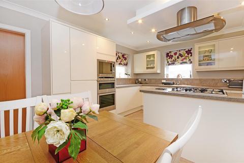 4 bedroom detached house for sale - Summer Lane, Sheffield