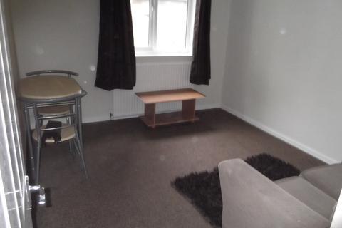 2 bedroom flat to rent - Pendlebury, Bracknell, BerkshIre, RG12