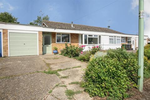 3 bedroom house for sale - Elm Close, Wickham Market, Woodbridge