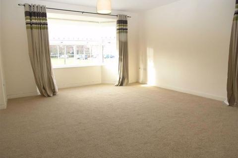 2 bedroom flat to rent - Masters House, Scholars Way, YO16
