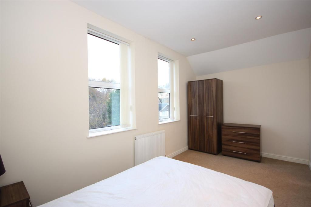 7 Summerfield House   Bed two pt2.JPG