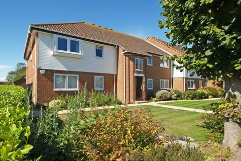 2 bedroom apartment for sale - Lavender Villas, Waterford Road, Highcliffe, Christchurch, BH23