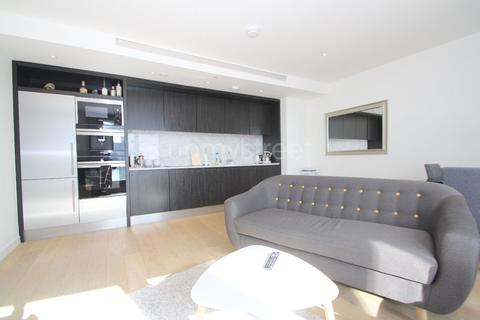 2 bedroom apartment to rent - Charrington Tower, New Providence Wharf, E14