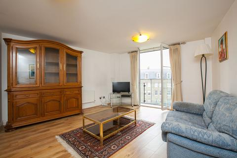 2 bedroom flat to rent - Annes Court, 3 Palgrave Gardens, London, NW1