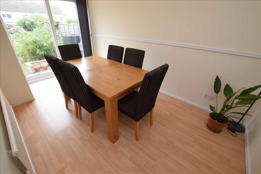 Dining room / further reception room