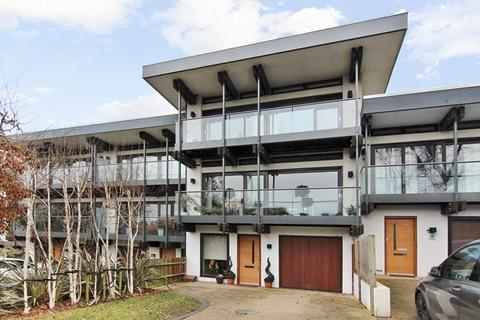 5 bedroom terraced house to rent - Queensmere Road, Wimbledon, SW19