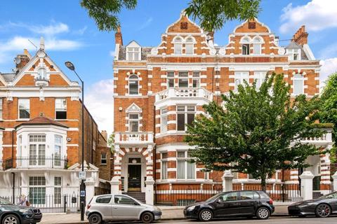 3 bedroom apartment for sale - HALL ROAD, LONDON, NW8 9RB