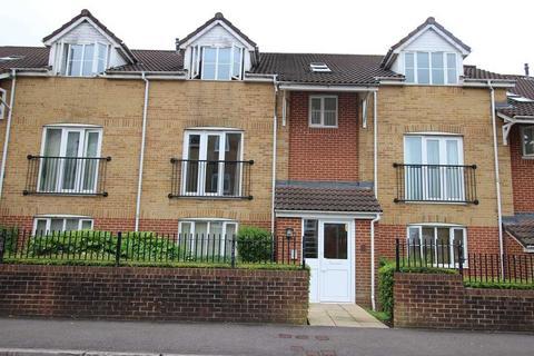 2 bedroom apartment to rent - Linden Crt, Clarence Road, Kingswood, BRISTOL BS15