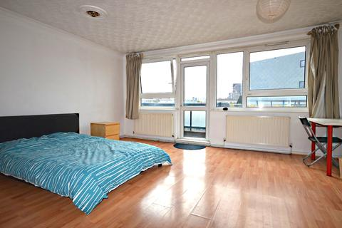 3 bedroom flat to rent - Ronald Street, Limehouse, London, E1