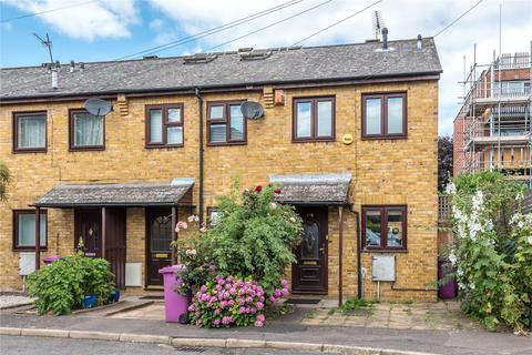 2 bedroom end of terrace house to rent - Woodseer Street, London, E1