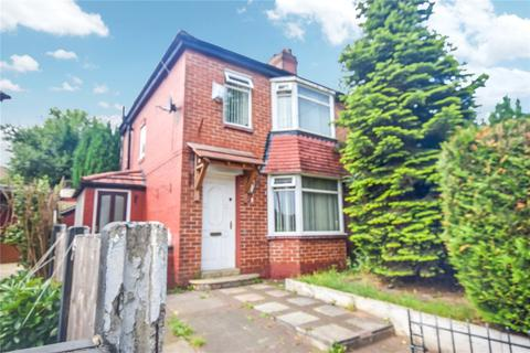 3 bedroom semi-detached house for sale - Barclays Avenue, Salford, M6