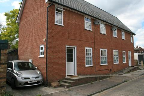 2 bedroom detached house to rent - Hart Street, Chelmsford, CM2