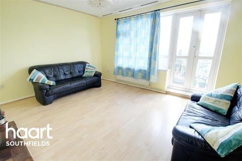 2 bedroom flat to rent - Weydown Close, SW19