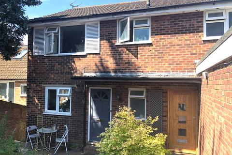 4 bedroom semi-detached house to rent - Inwood Crescent, Brighton BN15AQ