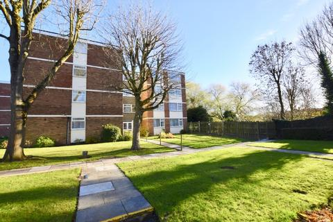 2 bedroom terraced house to rent - Forest Court, Mount Nod CV5 - TWO DOUBLE BEDROOM FLAT
