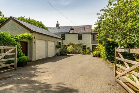 4 bedroom detached house for sale - Llangoed, Anglesey, North Wales