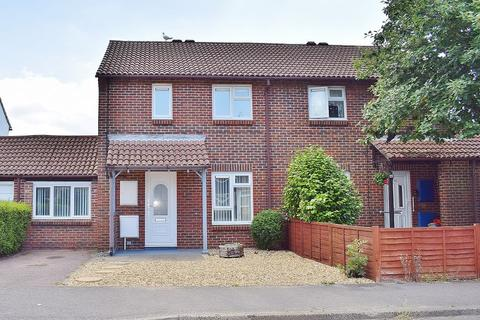 3 bedroom terraced house to rent - Tunstall Road, Southampton, Hampshire, SO19 6RA
