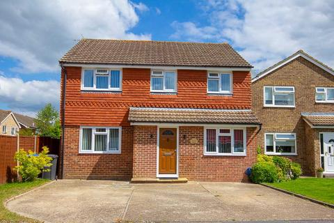 4 bedroom detached house for sale - Orchid Park, Haywards Heath
