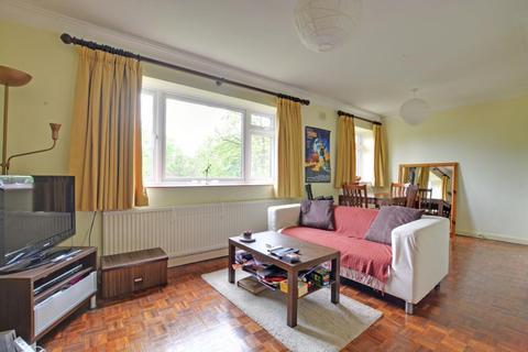 2 bedroom flat to rent - Vanbrugh Park Road, Blackheath, London, SE3