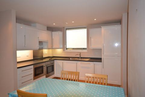 2 bedroom flat to rent - The Clockhouse, Truro