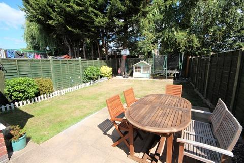 3 bedroom semi-detached house for sale - Stratton Road, Muscliff, Bournemouth, Dorset