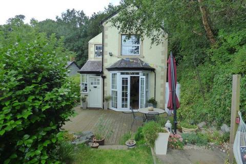 3 bedroom detached house for sale - Tan y Bryniau, Mill Road, Llanfairfechan LL33 0TG