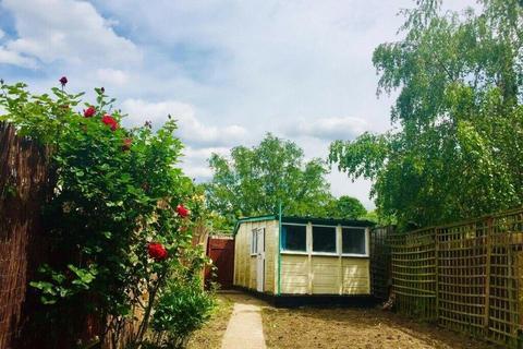 3 bedroom terraced house to rent - Grangehill Road, Eltham, SE9 1ST
