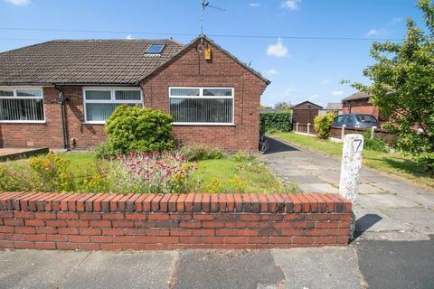 3 bedroom semi-detached bungalow for sale - Hyde Drive, Walkden, Manchester, M28 3SG