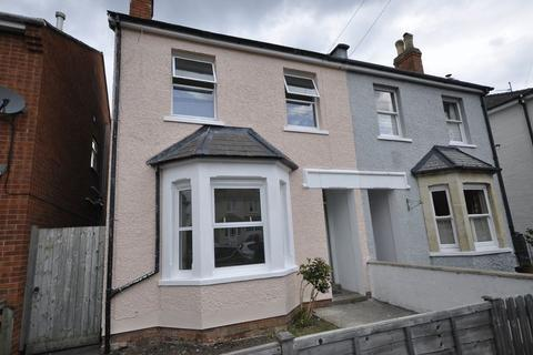 3 bedroom semi-detached house to rent - Lyefield Road West, Cheltenham