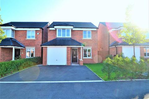 3 bedroom detached house to rent - Chelmer Way, Manchester