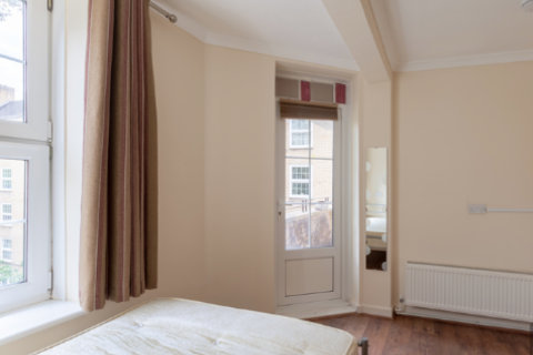 3 bedroom flat to rent - 56 Hollins House, Tufnell Park Rd, London N7 0PN